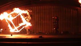Минск, Беларусь - 29-ое сентября: выставка огня сток-видео