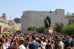 Минута безмолвия для жертв Барселоны стоковое изображение