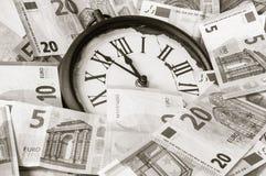 5 минут перед 12 o& x27; часы Стоковая Фотография RF