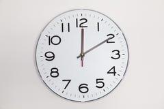 10 минут после 12 Стоковые Изображения RF