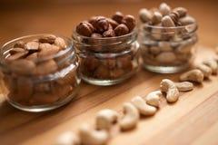 Миндалины, грецкие орехи и фундуки Стоковое фото RF