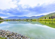 Мирная перспектива озера Стоковая Фотография RF