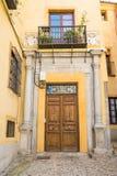 Мирная улица на историческом городке toledo, Испании Стоковое Изображение RF