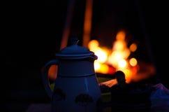 Мирный лагерный костер Стоковая Фотография