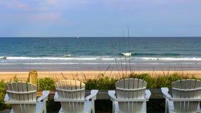 Мирный пляж в Северной Каролине стоковые фото