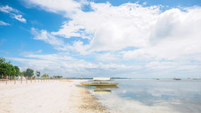 Мирный тропический пляж Стоковое Изображение RF