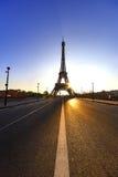 Мирный тротуар и восход солнца над Парижем Стоковая Фотография RF