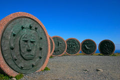 мир памятника детей плащи-накидк северный стоковое фото
