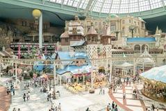 Мир Lotte, известный тематический парк занятности на Сеуле Стоковое Изображение RF
