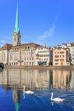 мир zurich башни st peter s стороны часов городского пейзажа города церков самый большой швейцарский Стоковое Фото