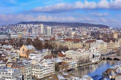 мир zurich башни st peter s стороны часов городского пейзажа города церков самый большой швейцарский Стоковые Фотографии RF