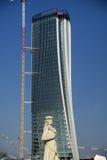 Милан, башня Generali от квадрата Giulio Cesare Стоковое Изображение RF
