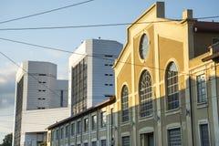 Милан (Италия), старая и новая Стоковое Изображение