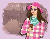 Милая девушка моды в стиле эскиза на предпосылке городка улицы вектор карандаша иллюстратора персонажей из мультфильма смешными у Стоковые Фотографии RF
