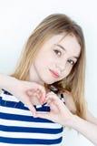 Милая девушка с белокурыми длинными волосами Стоковая Фотография RF
