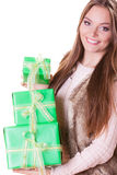 Милая женщина моды с подарками коробок День рождения Стоковая Фотография