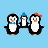 Милая иллюстрация вектора семьи пингвина шаржа Стоковая Фотография RF
