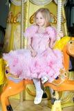 Милая маленькая белокурая девушка стоковое фото