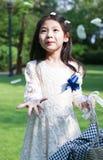 Милая маленькая девушка цветка Стоковое Фото