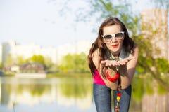 Милая молодая женщина Стоковые Изображения
