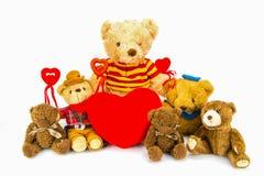 Милая предпосылка белизны изолята плюшевого медвежонка Стоковое Изображение