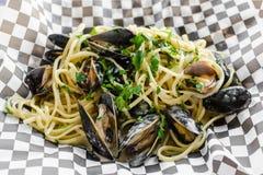 Мидии & Linguini Стоковые Изображения RF