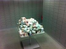 2 миллиона евро на таблице Стоковая Фотография RF