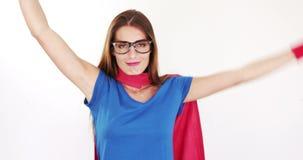 Милое брюнет с костюмом супергероя видеоматериал