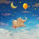 Милое малое летание слона на красочном воздушном шаре в небе Стоковые Фото