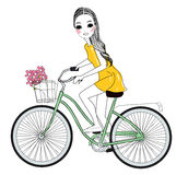 Милые девушка и велосипед Стоковое Фото