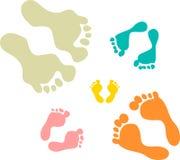 Милые и красочные следы ноги семьи Стоковые Фотографии RF