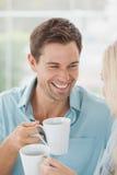 Милые пары имея кофе совместно в кафе Стоковые Фотографии RF