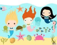 Милые русалки и морские животные Бесплатная Иллюстрация