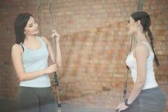 Милые спортсменки подготавливают для тренировки Стоковое Изображение RF