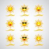 Милые установленные шаржи солнца Стоковые Фотографии RF