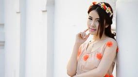 Милый азиатский портрет фотомодели женщины видеоматериал