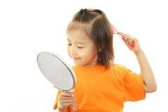 Милый маленький азиатский усмехаться девушки стоковая фотография rf