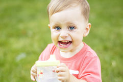 Милый малый мальчик на каникулах Стоковая Фотография