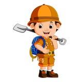 Милый мальчик hiker держа лопаткоулавливатель Стоковое Изображение RF