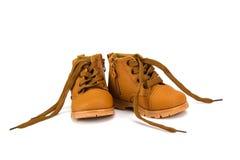 Милый младенец boots ботинки на белой предпосылке Стоковые Фотографии RF