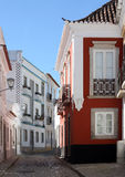 Милый переулок в tavira, Португалии Стоковые Фото