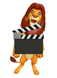 Милый персонаж из мультфильма льва с clapboard Стоковые Фото