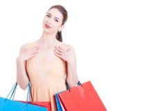 Милый покупатель дамы быть счастливый или содержимый и усмехаться Стоковая Фотография RF
