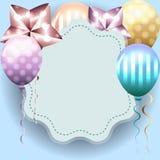 Милый шаблон для поздравительой открытки ко дню рождения, приглашения с голубой рамкой и Стоковое Фото