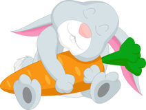 Милый шарж кролика обнимая морковь Стоковое Изображение RF