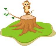 Милый шарж обезьяны на пне дерева иллюстрация вектора