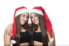 2 милых близнеца сестер Стоковые Фотографии RF