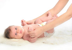 младенец вручает массаж Стоковые Изображения RF