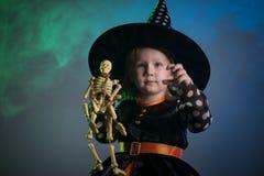 Младенец в костюмах хеллоуина, стоковое изображение