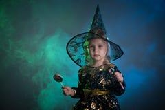 Младенец в костюмах хеллоуина, стоковое фото